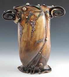 Carol Long Pottery - A Love Affair With Clay Clay Vase, Clay Pots, Ceramic Clay, Ceramic Vase, Kessel, Pottery Vase, Ceramic Pottery, Modern Ceramics, Contemporary Ceramics