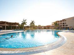 Pool im ROBINSON Club Soma Bay