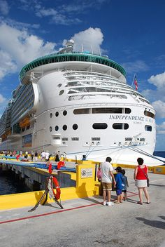 Independence of the Seas in Costa Maya - #cruise
