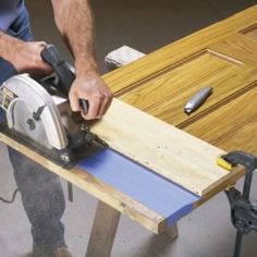 This is the best way to cut off a door bottom without splintering the wood. Furniture Making, Diy Furniture, Furniture Stores, Bedroom Furniture, Furniture Makeover, Diy Bedroom, Office Furniture, Prehung Doors, Construction