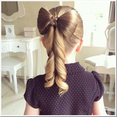 Join Beth of Sweethearts Hair Design as she teaches how to make the perfect hair bow hairstyle! >>> You can find out more details at the link of the image. Cute Girls Hairstyles, Flower Girl Hairstyles, Different Hairstyles, Ponytail Hairstyles, Trendy Hairstyles, Beautiful Hairstyles, Childrens Hairstyles, Ribbon Hairstyle, Sassy Haircuts