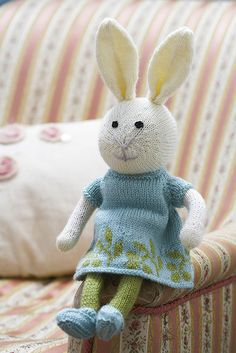 Knitting Patterns For Toy Rabbits : Toy Knitting Patterns on Pinterest Knitting Patterns, Hello Kitty Toys and ...