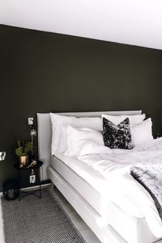 Bedroom│Green marble – Eirin Kristiansen