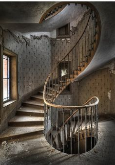 stairs in an abandoned farm house in France (by Niki Feijen)