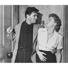 He Ran All The Way Canvas Art - (20 x 16) Hollywood Actor, Classic Hollywood, Old Hollywood, John Garfield, Shelley Winters, Bogart And Bacall, All The Way, Old Movies, Classic Movies