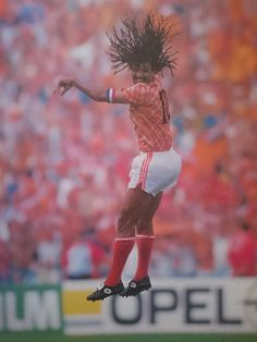 Ruud Gullit for Holland in Euro 1988 Football Kits, Football Jerseys, Steven Gerrard, Premier League, Ruud Gullit, Real Madrid Wallpapers, Legends Football, Football Images, Soccer Boots