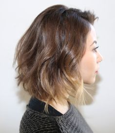 To get the unique look of the short hair, you car try the hair colors on them. Here are 25 best short hair colors that you can try to look trendy: Cool Short Hairstyles, Summer Hairstyles, Pretty Hairstyles, Short Haircuts, Natalia Vodianova, Clavicut, Natural Hair Styles, Short Hair Styles, Ombre Hair Color
