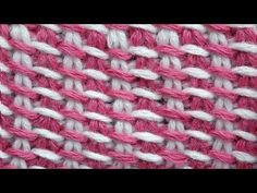 Tunisian Crochet Pattern Bicolor (IN RUSSIAN - If you are familiar with Tunisian Crochet you can watch this video to learn this stitch... The video is very good... Deb)