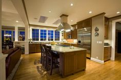Lavish Open Lay Out Kitchen Design Ideas - Having a home that's light, airy with lots of space is the wish a lot of us have. That's why, open floor plans, that is, houses with completely open layouts