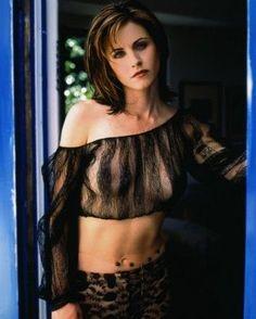 My Favorite Celebs & Models — Courtney Cox Courteney Cox Friends, Courtney Cox, Jennifer Aniston, American Actress, Playboy, Muse, Beautiful Women, Beautiful Celebrities, Hollywood
