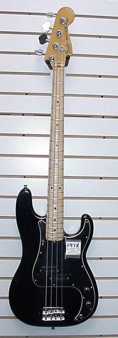 Black Precision Bass