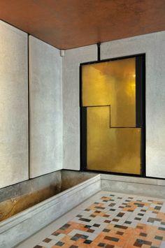 Interior Alchemy: Carlo Scarpa's Palazzo Querini Stampalia    Read More at: http://designlifenetwork.com/interior-alchemy-carlo-scarpas-palazzo-querini-stampalia