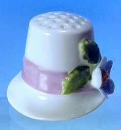 Vintage Figural HAT Porcelain China Sewing Thimble ENESCO