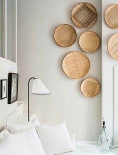 Appartement Lyon Saint Georges - HEIMELIG DESIGNSHOP BLOG #ayilluminate #naturals #ghost #gervasoni #paolanavone #baskets #ceramics