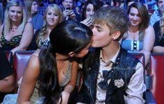 Los expertos señalan que Selena Gómez podría estar dispuesta a volver con Justin Bieber, pero al parecer no tiene ninguna prisa para ello. http://www.elpopular.com.ec/72642-justin-bieber-le-ruega-a-selena-gomez.html