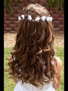 Pretty little flower girl hair