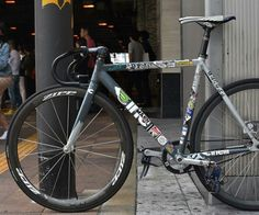 Cinelli Fixed Gear Bike Bicycle Types, Bicycle Art, Bmx Cycles, Velo Design, Classic Road Bike, Fixed Gear Bicycle, Push Bikes, Urban Bike, Speed Bike