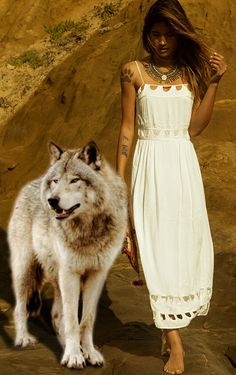She Wolf, Wolf Girl, Wolves And Women, Wolf Photos, Beautiful Wolves, Beautiful Ladies, Wolf Spirit, Spirit Animal, Native American Beauty