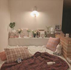 Room Ideas Bedroom, Small Room Bedroom, Bedroom Decor, Bedding Decor, Chic Bedding, Dorm Bedding, Bedroom Inspo, Bedroom Inspiration, Luxury Bedding