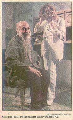 Osho smile and enjoying the prison. Osho Love, Osho Hindi Quotes, Spiritual Images, Spirituality, My Favorite Things, Prison, Awakening, Masters, Collections