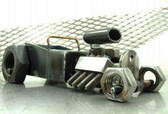t-bucket-scrap-metal-hot-rod-sculpture_Brown Dog Welding