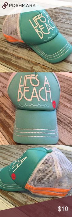 ROXY | Beach Baseball Hat Excellent condition! Super cute Roxy cap that is teal with white mesh back & neon orange stripes! Life's a beach! Ain't that the truth! Happy Poshing! 🌊 Roxy Accessories Hats