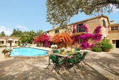 CALVIA VILLAGE PROPERTIES : MALLORCA COUNTRY HOUSE ENJOYING A BEAUTIFUL INTERIOR & LIVING QUALITY