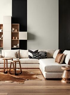 Black and white, with a touch of neutral www.sunshinecoastinteriordesign.com.au