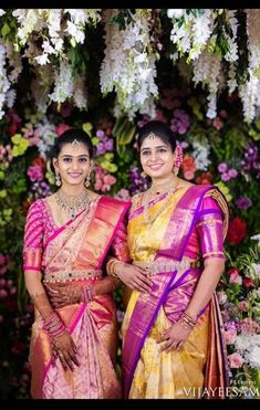 Kalpavruksh, mohiddin estate, near railway reservation counter, bandar road. Kerala Saree Blouse Designs, Wedding Saree Blouse Designs, Half Saree Designs, Blouse Neck Designs, Saree Wedding, Crop Top Designs, Indian Bridal Sarees, Indian Bridal Fashion, Wedding Saree Collection