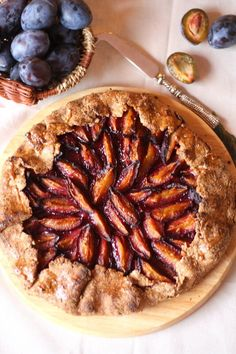 """Photo from album """"кулинария on Yandex. Sweet Recipes, Healthy Recipes, Good Food, Yummy Food, Galette, Cooking With Kids, Food Photo, Apple Pie, Kids Meals"""