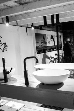 Dutch Design Week 2015   JEE-O Clawfoot Bathtub, Dutch, Sink, Design, Home Decor, Sink Tops, Vessel Sink, Decoration Home, Dutch Language
