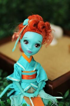 OOAK Monster High doll. Lorna McNessie. Repaint and style make over