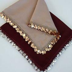 Simple Kurti Designs, Stylish Dress Designs, Stylish Dresses, Kurta Designs Women, Simple Pakistani Dresses, Pakistani Dress Design, Pakistani Bridal Dresses, Sleeves Designs For Dresses, Dress Neck Designs