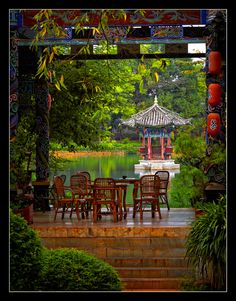 why not live in a picture of bliss......Black Dragon Pool Park, Lijiang China