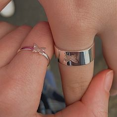 Cute Relationship Goals, Cute Relationships, Relationship Rings, Relationship Pictures, Cute Promise Rings, Matching Promise Rings, Couples Promise Rings, Boyfriend Promise Ring, Matching Rings
