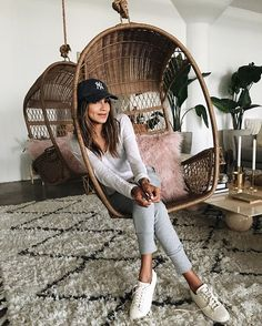Guys! I'm still obsessing over our Lux joggers! They're perfect for the airport, running errands, or just to look cute!  @shop_sincerelyjules shopsincerelyjules.com