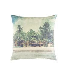 Tropical Landscape Print Cushion 45x45 | Maisons du Monde #TropicalLandscape