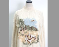 VTG 90's Cream Cable Knit Dogs Sweater (Large) Off White Tan Country Hunting Hound Dogs Forest Scene Kitschy Long Sleeves Vintage Sweater