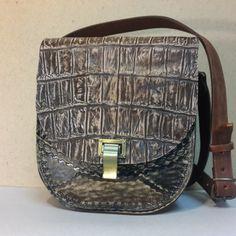Женская сумка №3 из натуральной кожи крокодила. Авторская ручная работа, с ремешком через плечо.