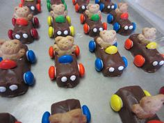 like the life saver for the steering wheel instead of the m&m Craft: 3 musketeer candy bars, M&Ms or Skittles, royal icing or melted chips Treats By Christi: Teddy Bear Cars Teddy Bears Picnic Food, Teddy Bear Party, Picnic Birthday, Birthday Treats, Food Humor, Party Snacks, Cute Food, Creative Food, Kids Meals