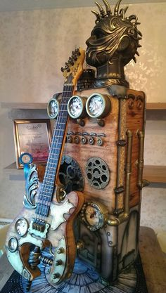 The most awesome steampunk cake ever? Artist Kerry Rowe. steampunktendencies