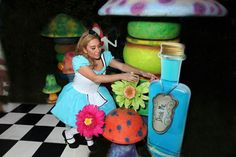 176b8f6a67ff Midnight Alice in Wonderland 30th Un-Birthday Party Planning Ideas