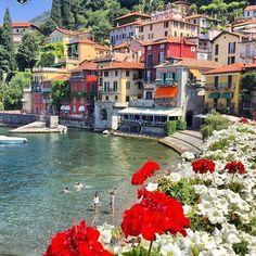 Varenna, Italy... #varena Photo by @rivolta.rossano