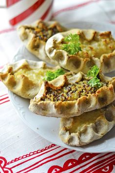 Gluteenittomat Karjalanpiirakat x2 Cheesesteak, Tacos, Mexican, Ethnic Recipes, Food, Eten, Meals, Diet