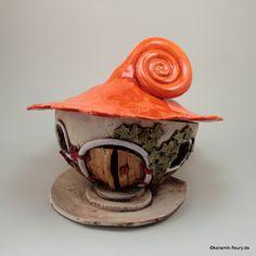 Keramik Lichthaus Windlicht Gartenkeramik von Kreativwerkstatt-Fleury auf DaWanda.com