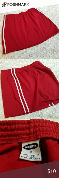 """Deep red skirt with white stripes Deep red, not quite maroon.   Athletic style skirt. Elastic waist. Measures lying flat- Waist-14"""" Length 14"""" Old Navy Skirts Mini"""