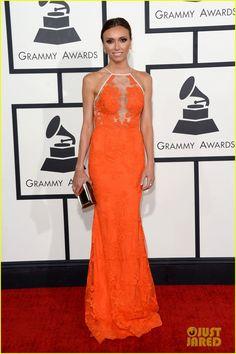 2014 Grammy Awards: Giuliana Rancic in an orange Alex Perry dress Grammy Awards 2014, Los Grammy, Celebrity Inspired Dresses, Celebrity Dresses, Celebrity Style, Giuliana Rancic, Grammy Red Carpet, Glamour, Orange Dress