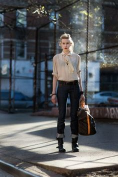 cuffed jeans + cool boots + giant bag