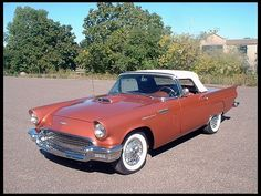 1957 Ford Thunderbird Convertible 312/245 HP, Automatic