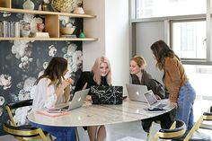 Adopt these organization habits now to improve your mental capacity and overall health! Our contributor, Arin Agase, explains how to do it. Brainstorm, Lavender Walls, Creating A Business, New Things To Learn, Something Beautiful, Marketing, Getting Organized, Pretty Outfits, Role Models
